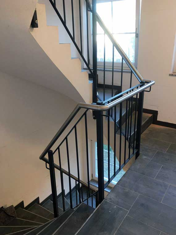 Referenz Geländer, Treppengeländer